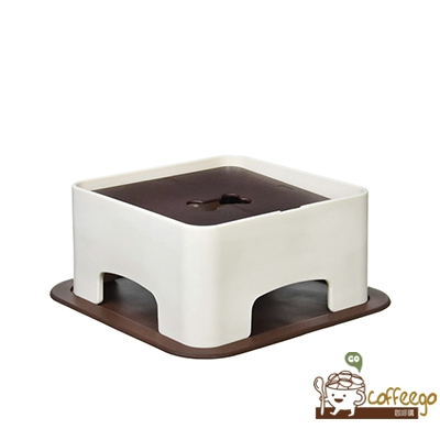 《HARIO》狗狗專用小餐桌 PTS-WT-CBR